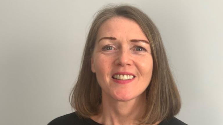 Dr Karen Hart