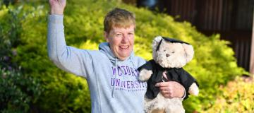 Joan Oliver graduates with law degree age 75